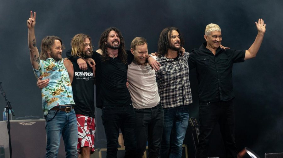 True to its Name: Foo Fighters' New Album Will Have You Listening Until Midnight.